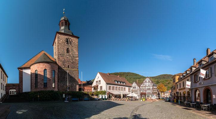 Auf dem Annweilerer Marktplatz