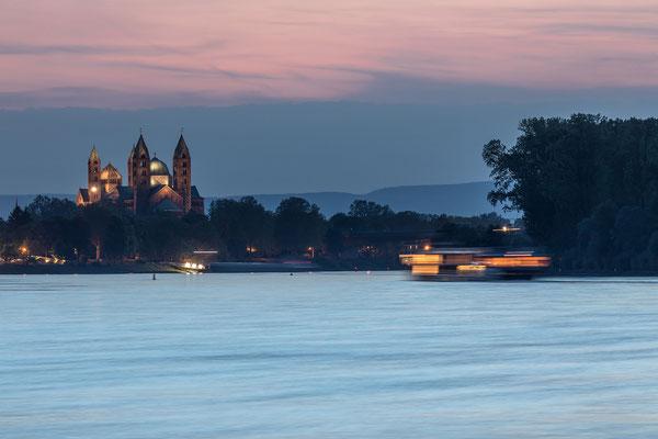 Abenddämmerung bei Speyer
