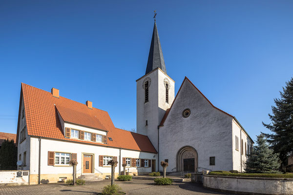 Kirche in Scheibenhardt