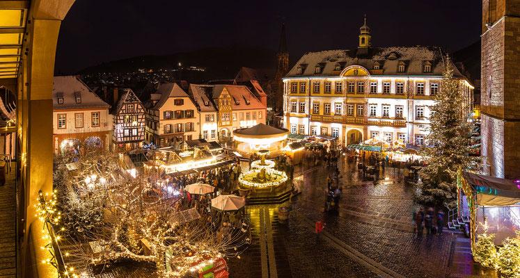 Weihnachtsmarkt auf dem Marktplatz