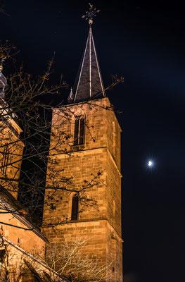 Beginnende Mondfinsternis an der Neustadter Stiftskirche