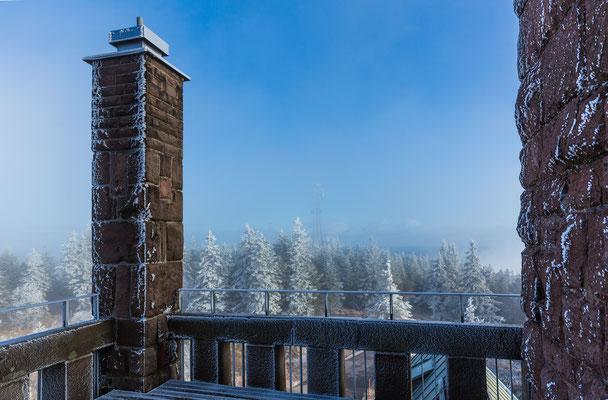Winterliches Detail vom Hornisgrindeturm