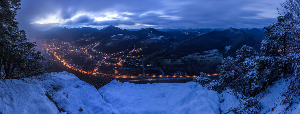 Winter über Annweiler