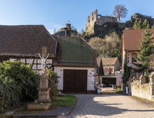 Falkenstein und Burgruine Falkenstein