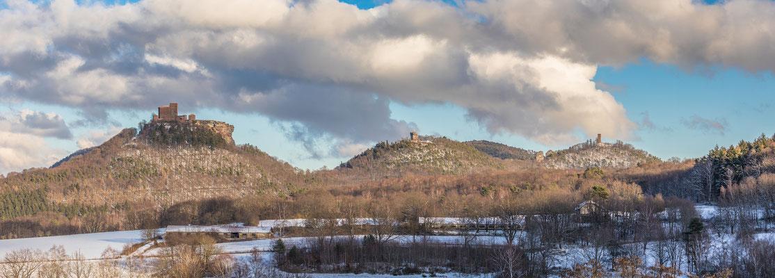 Blick auf die Annweilerer Burgen