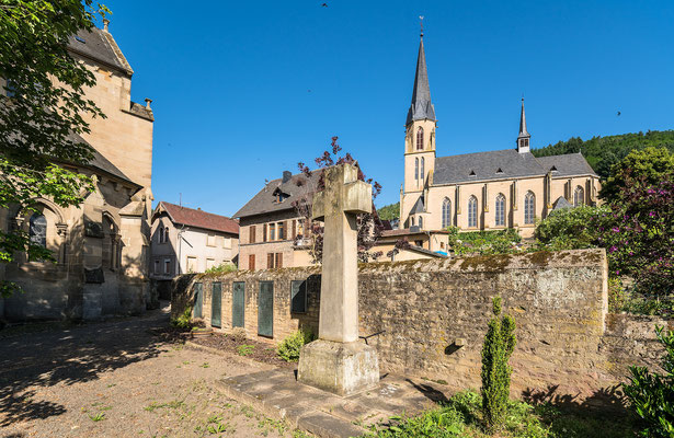 Glandom und Kirche in Offenbach-Hundheim