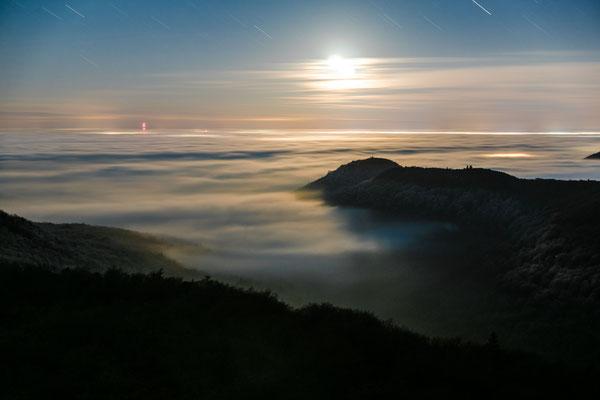 Monduntergang am Luitpoldturm