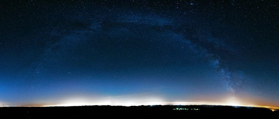 Gesamtansicht der Milchstraße, fotografiert auf dem Luitpoldturm