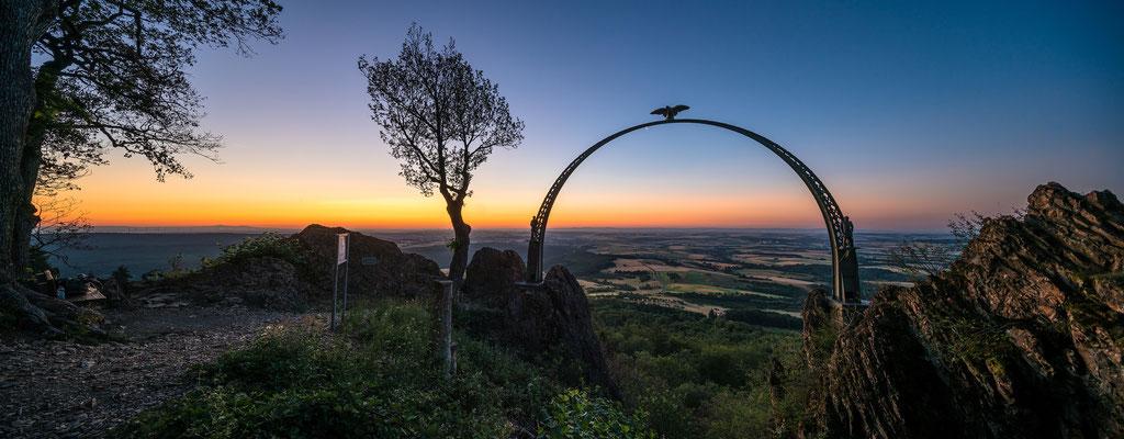 Morgenrot am Adlerbogen