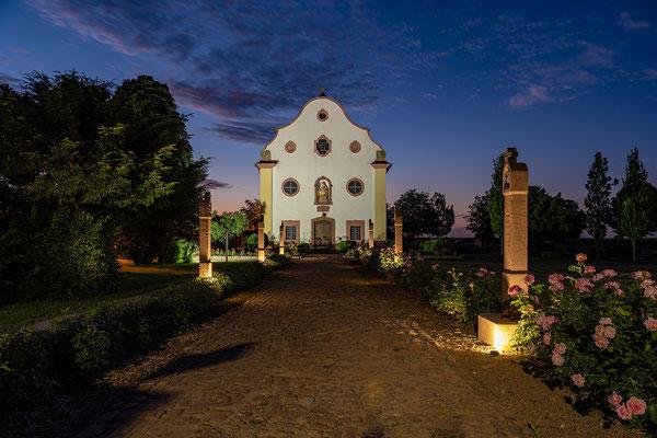 Mater-Dolorosa-Kapelle und Kreuzweg in Kirrweiler