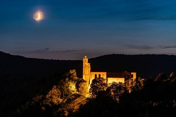 Monduntergang hinter dem Kloster Limburg