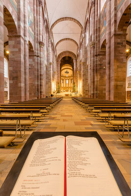 Innenraum des Speyerer Doms
