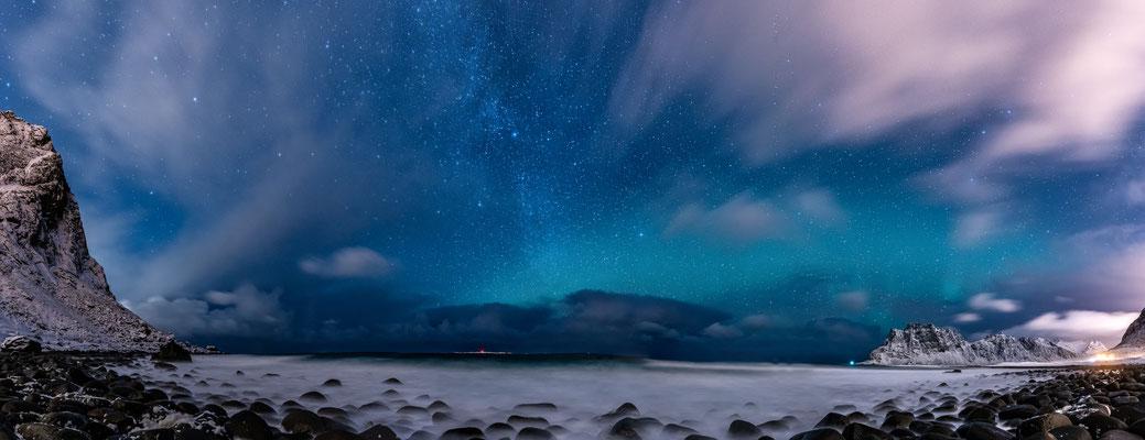 Polarlichter am Strand von Uttakleiv