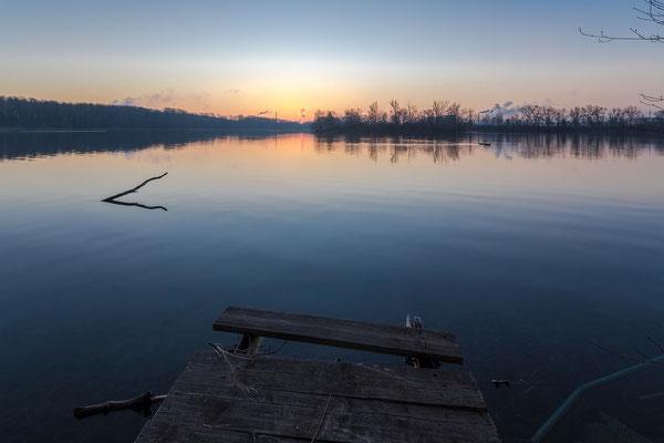 Dämmerung am Baggersee