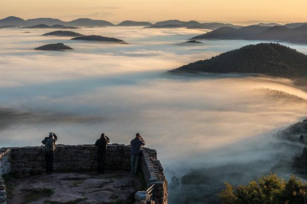 Fotografen über dem Nebel ...