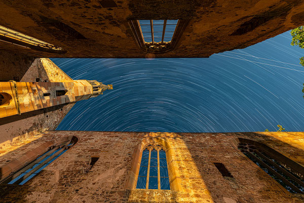 Startrails (Sternspuren) am Kloster Rosenthal, 70 x 50 cm, Aluminium-Wechselrahmen, Fotodruck auf hochwertigem Hahnemühle-Karton mit Passepartout, 170 €