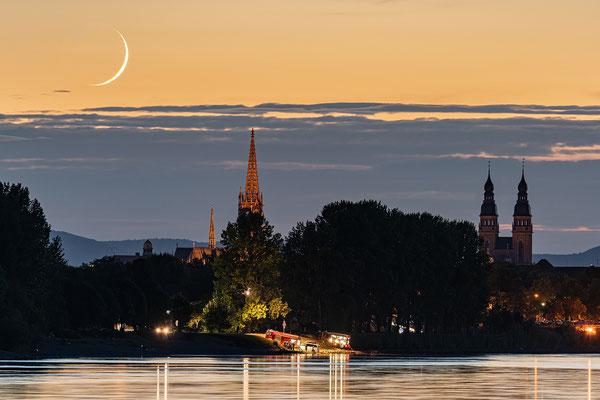 Monduntergang bei Speyer