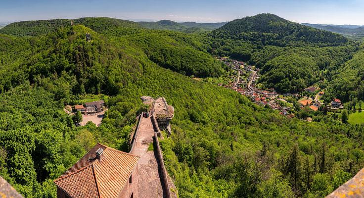 Blick von der Burg Trifels