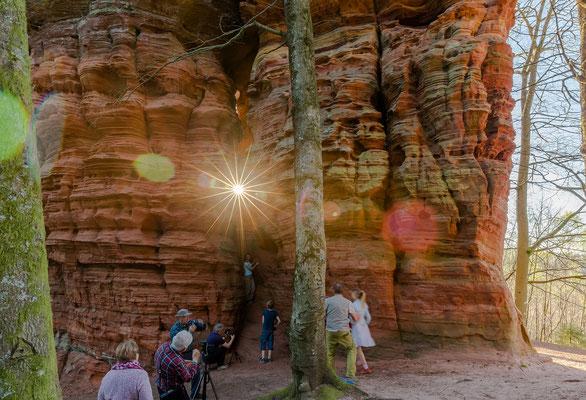 Felsenglühen: ein beliebtes Ereignis am Alstschlossfelsen