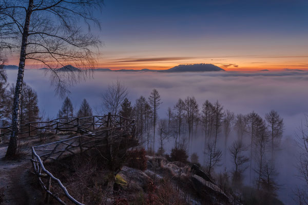 Nebelstimmung am Kirschfelsen