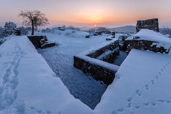 Sonnenaufgang auf der Burgmau