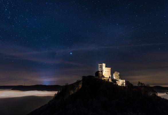 Winternacht am Trifels