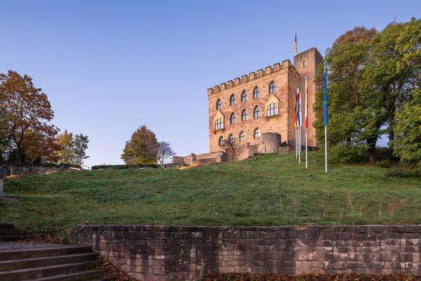 Frühmorgens am Hambacher Schloss