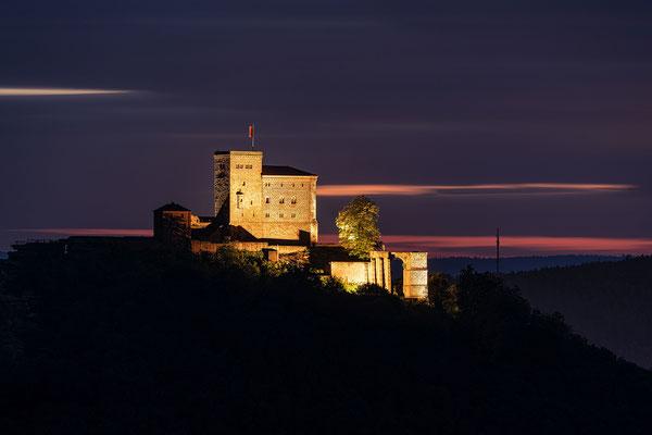Burg Trifels in der Blauen Stunde