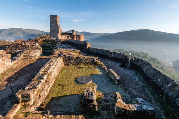 Blick auf die Burg Altdahn