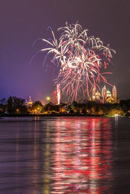 Feuerwerk bei Speyer