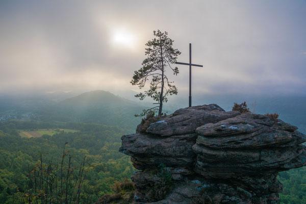 Gipfelkreuz am Rötzenfels