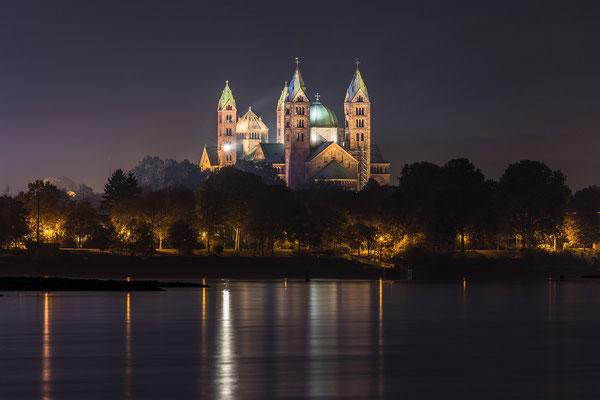 Speyerer Dom bei Nacht