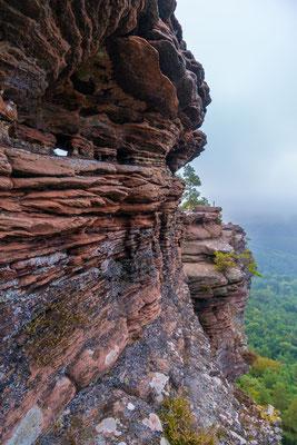 Sandsteinstruktur des Rötzenfelsens