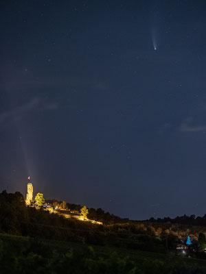 Komet Neowise an der Wachtenburg