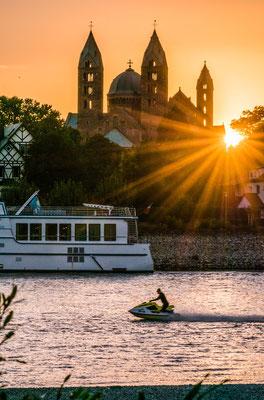 Sonnenuntergang am Speyerer Dom