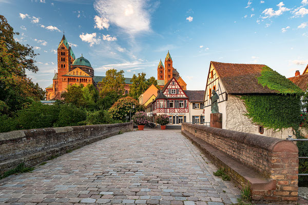 Sonnenaufgang am Speyerer Dom