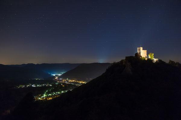 Klare Sternennacht am Trifels