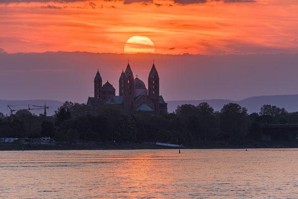 Sonnenuntergang bei Speyer