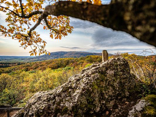 Aussicht vom Drosselfels zum Donnersberg