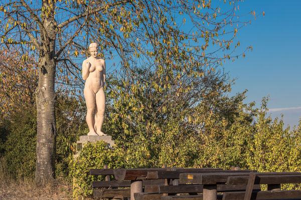 Eva im Paradiesgarten