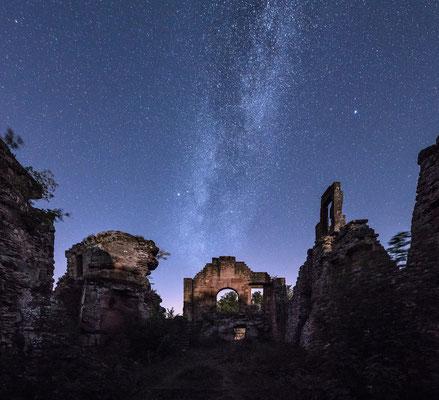 Milchstraße an der Ruine Neuscharfeneck