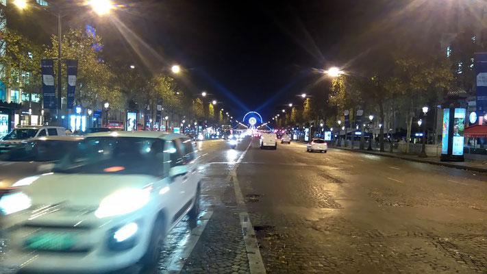 L'avenue des Champs Elysées à Paris accueillait la remise du prix Charles Ritz 2016