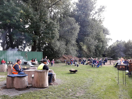 Märchenspinnen am Bledelner Rotten. 27. September 2020 in Bledeln.