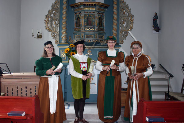 Brot und Rosen. 8. September in Alfeld
