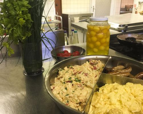 Bio Eier zum Frühstück - mit viel Liebe von unserer Rita zubereitet
