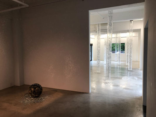 """something about a room not having a floor"" installation view at HIRO GALLERY IZUOKAWA / 2018"