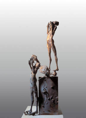 Confrontation / bronze / 93×33×23cm / 1973 対照 / ブロンズ