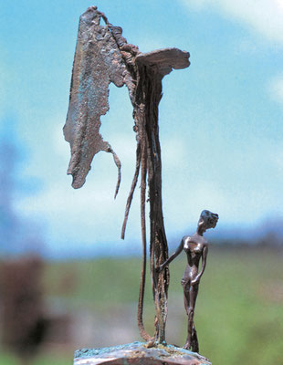 Woman–Awaiting / bronze, silver / 20×8.5×7cm / 1980 女─期待 / ブロンズ、銀