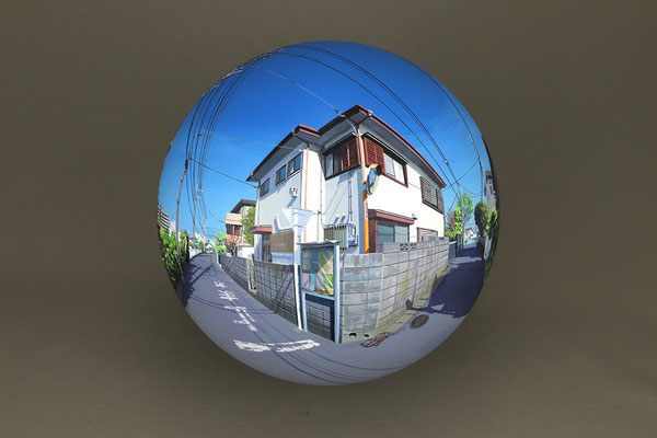 Flatball 2019 No.01 / acrylic paint, acrylic resin / φ17cm / 2019