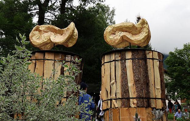 Skulptur von Bea und Erich Bernegger im Hewen Garten.